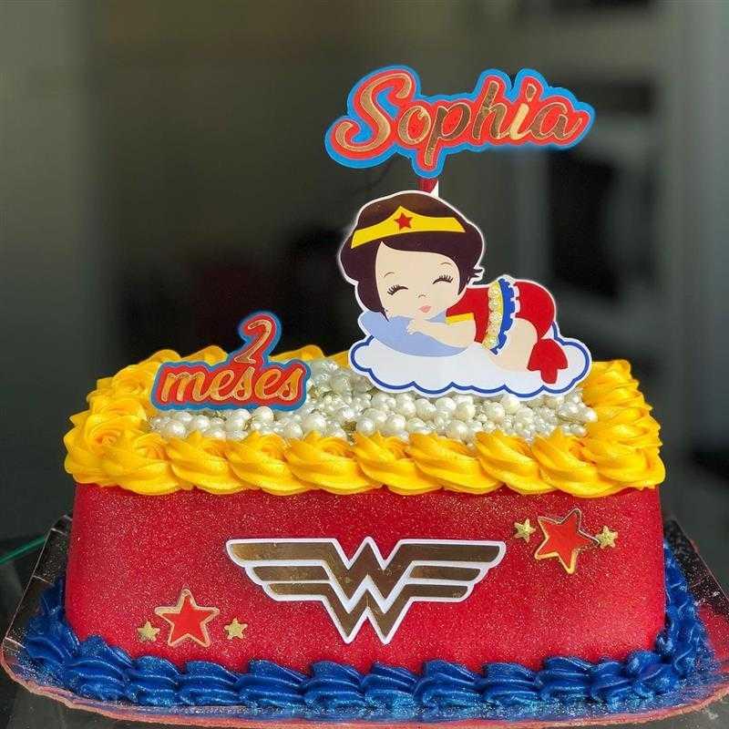 bolo mulher maravilha mesversario