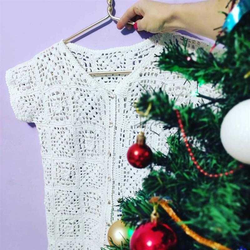 blusa de crochê aberta na frente