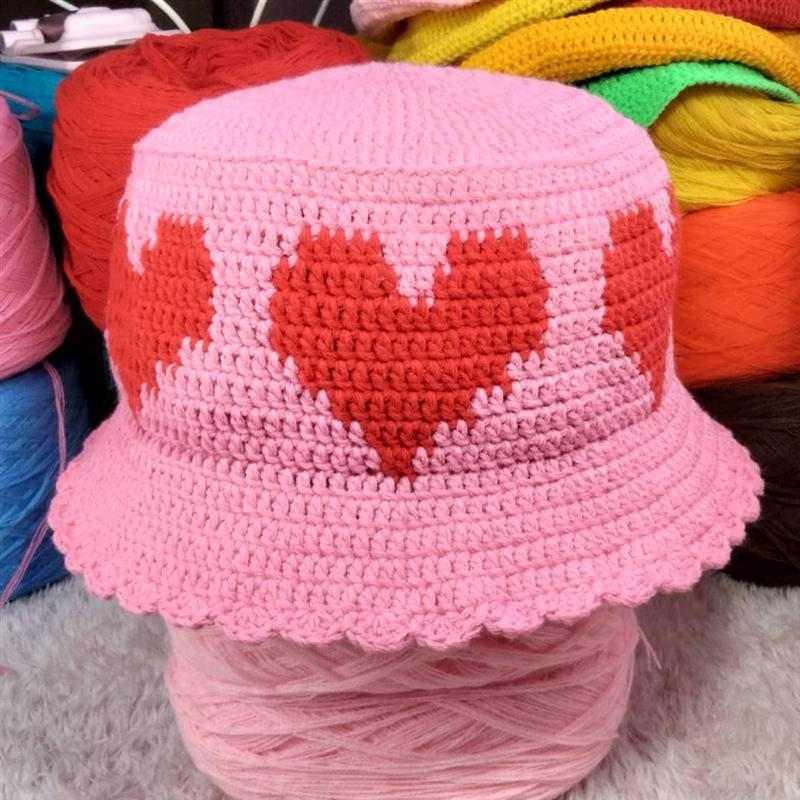 Chapéu feminino romântico