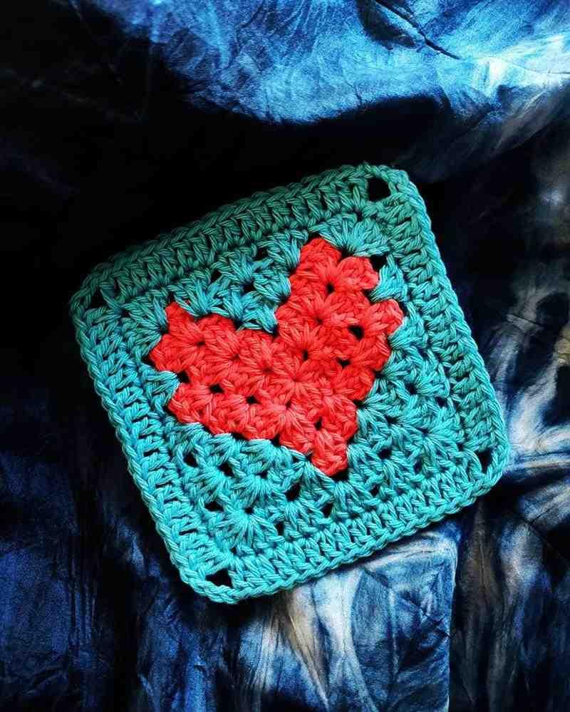 Square de coração em crochê