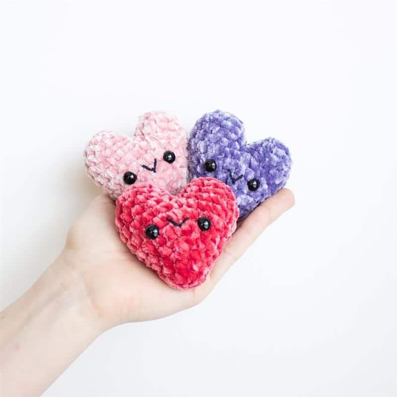 como fazer coração de croche amigurumi