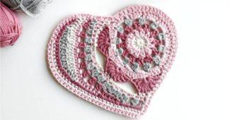 modelo de coração de croche simples