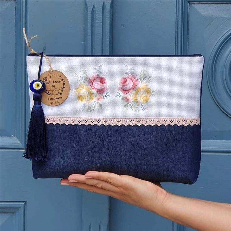 bolsa feminina com faixa bordada