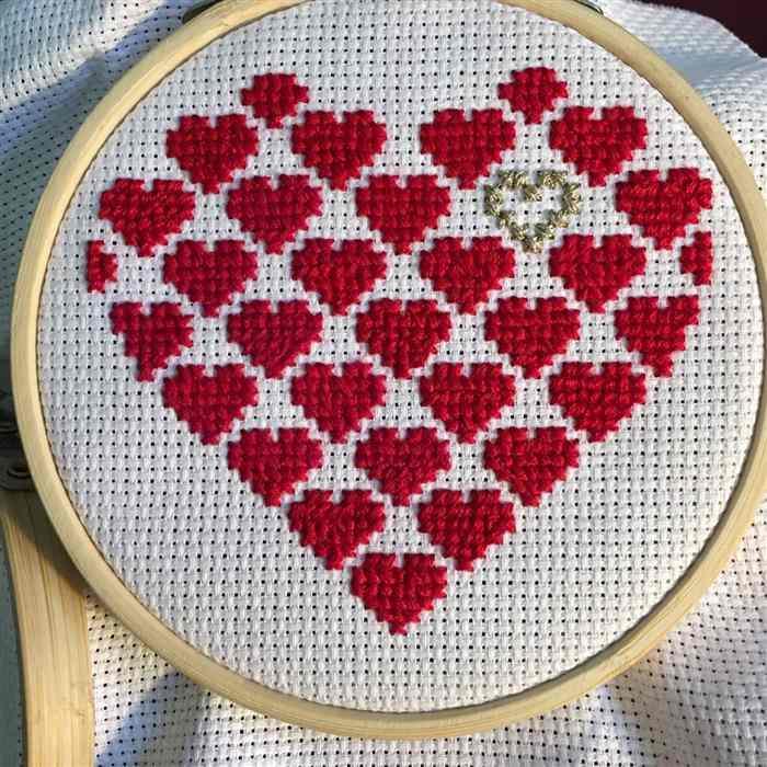 Tipos de coração em ponto cruz