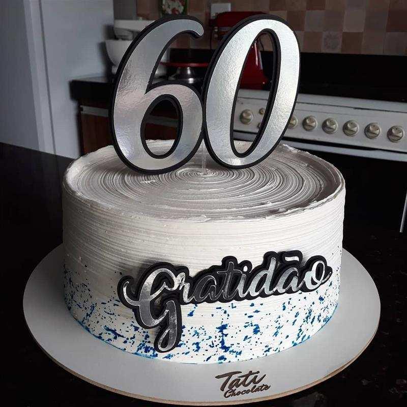 Bolo de aniversário para homem 60 anos