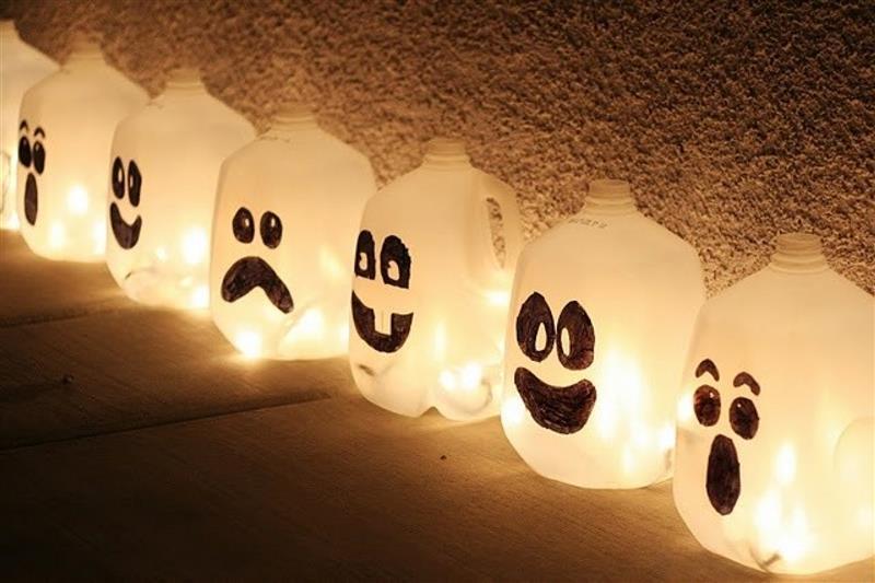 Enfeites de Halloween com material reciclável