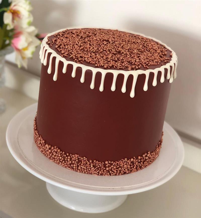 bolo de aniversario para homem de chocolate