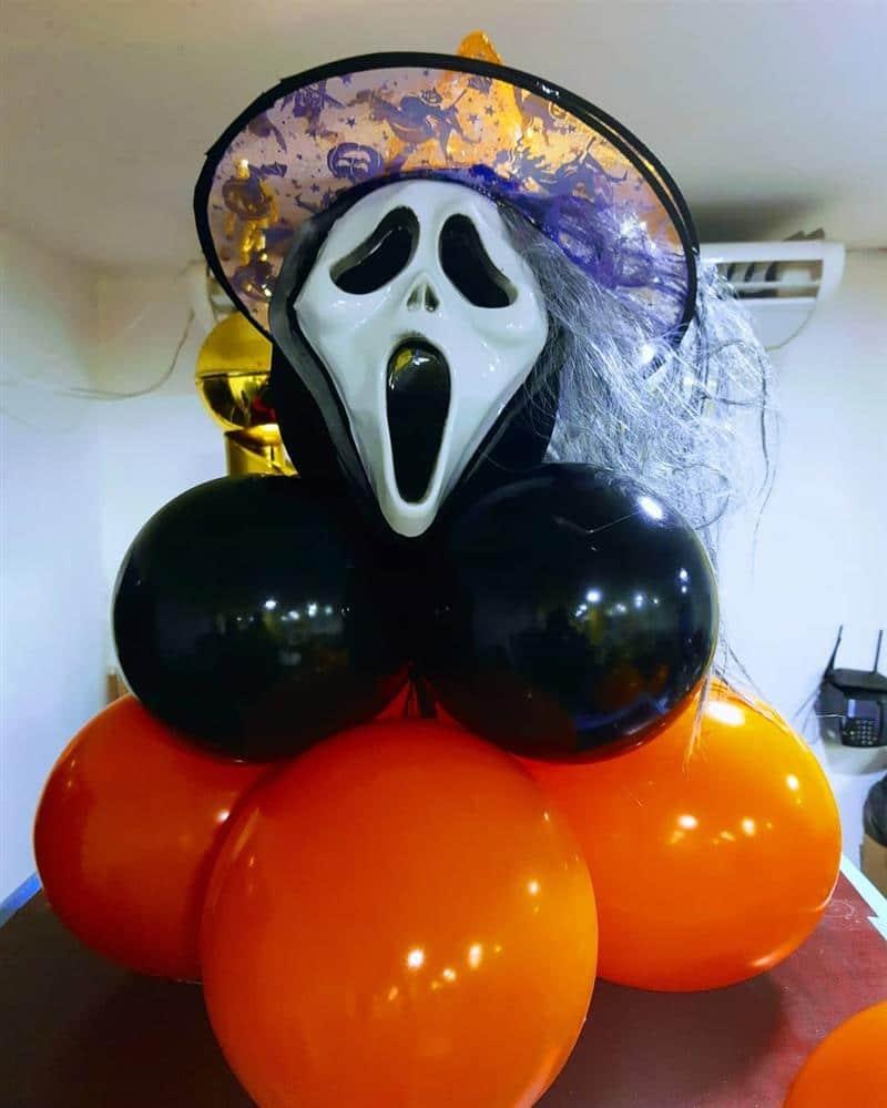 máscara de fantasma com baloes