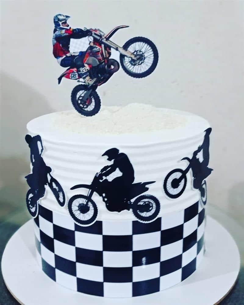 bolo de aniversario para homem tema motocross