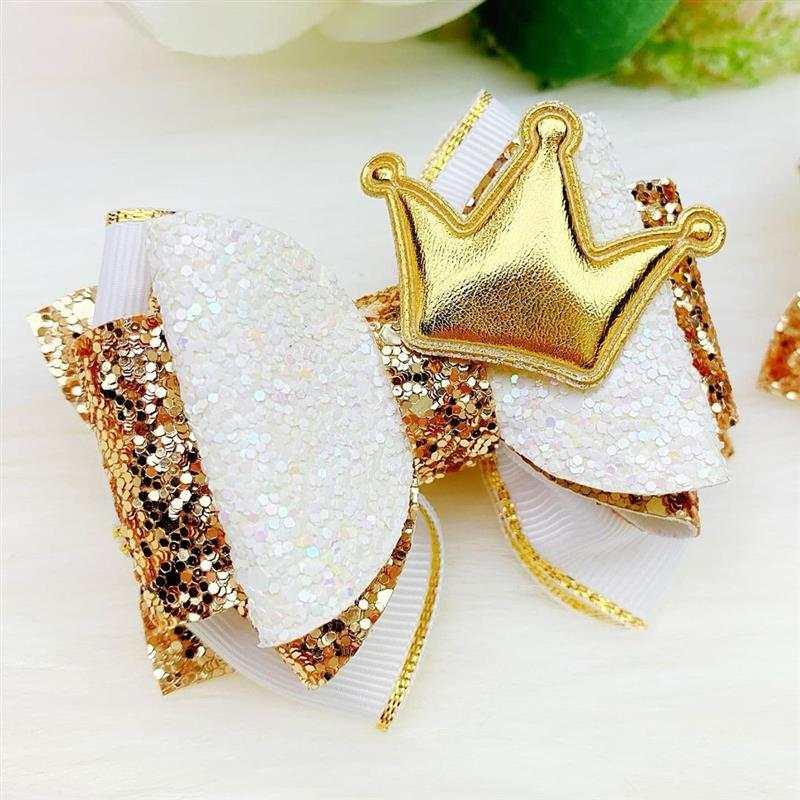 Laço de princesa branco e dourado