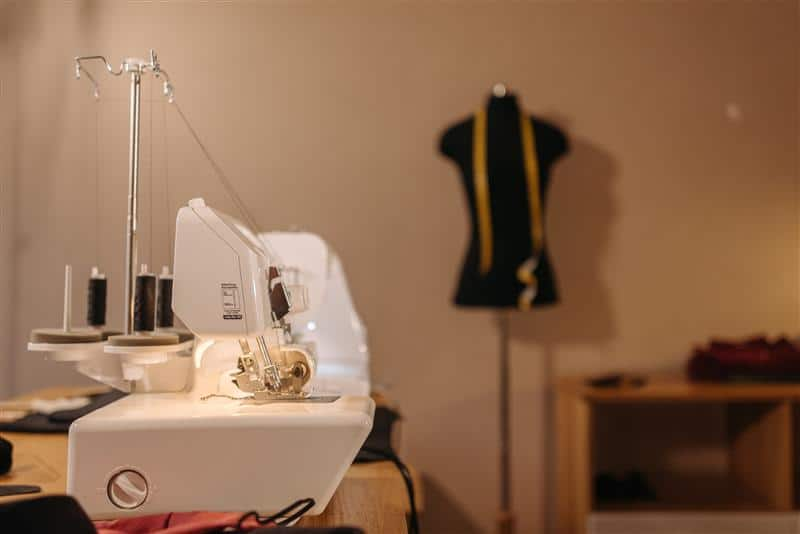 máquina de costura doméstica para iniciantes