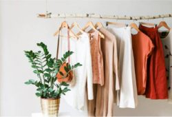 arara de roupas barata