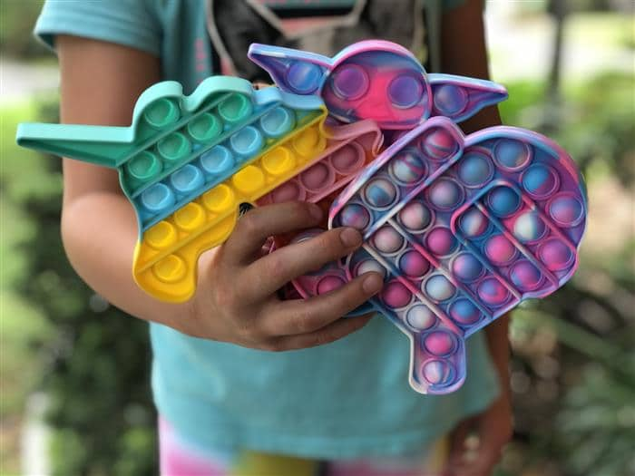 Quem criou o pop it fidget toy