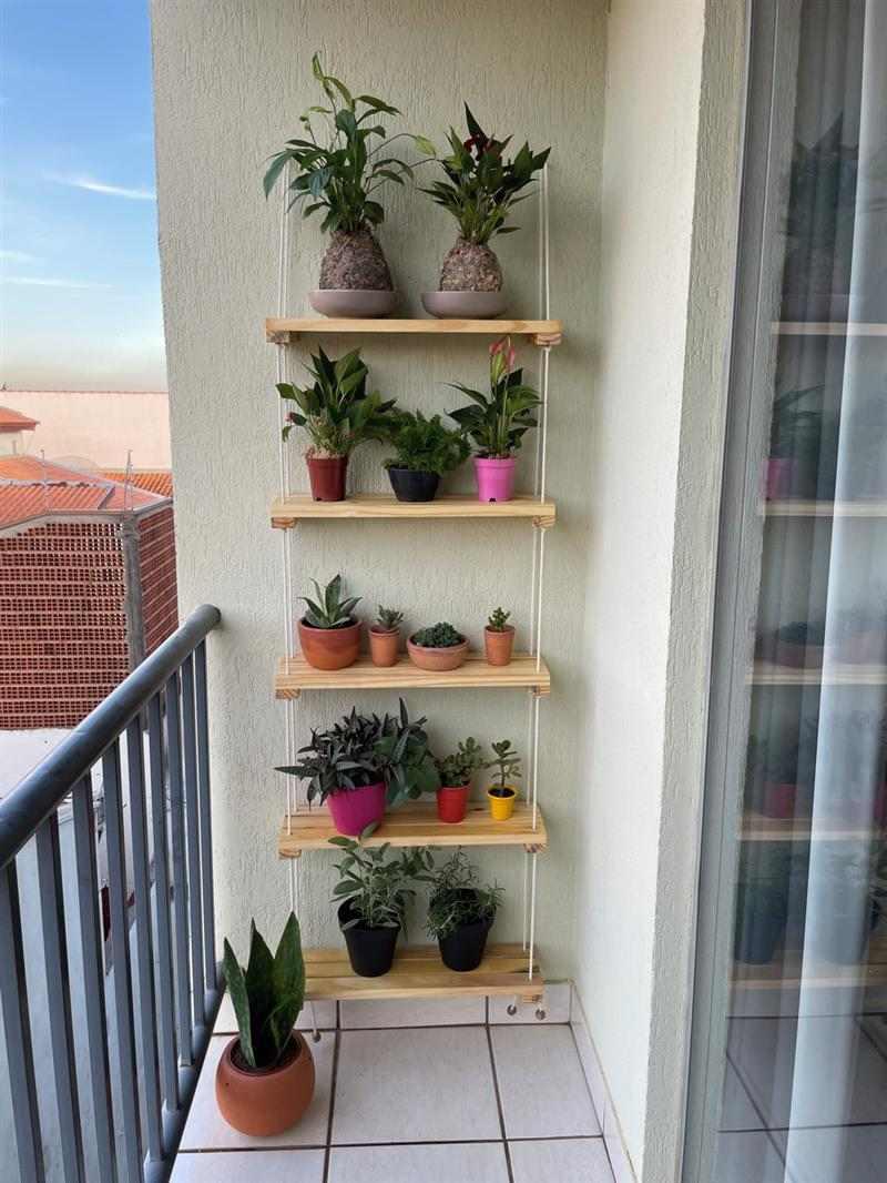 prateleira de corda para plantas