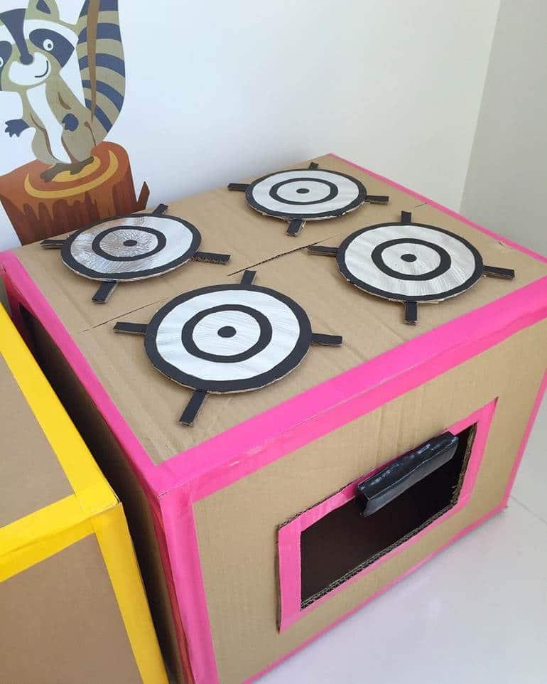 Cozinha com Caixa de papelão