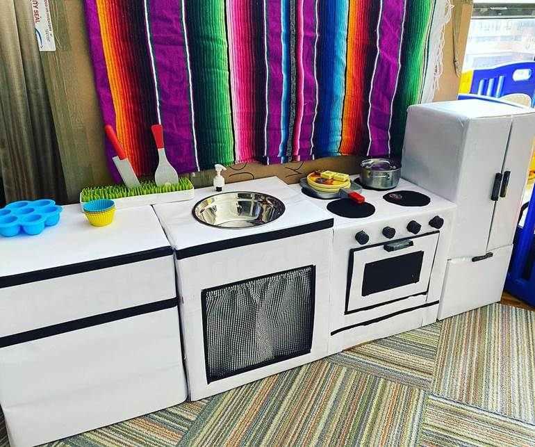 cozinha de papelão infantil