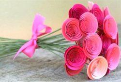modelos de flores de papel em espiral